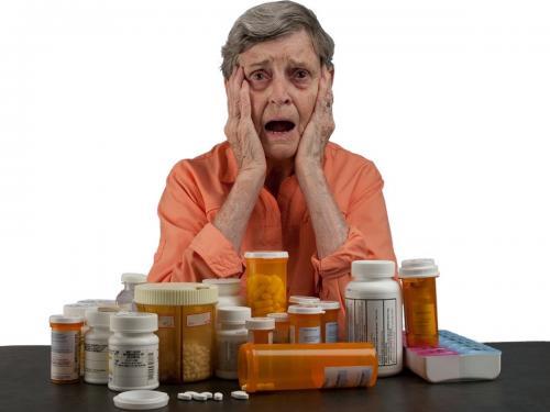 [Foto1] Basta coi medicinali, la nonna americana opta per l_erba