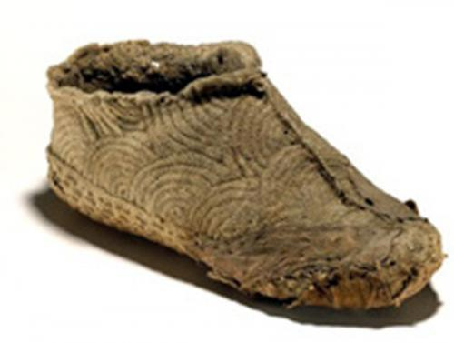 scarpe-canapa